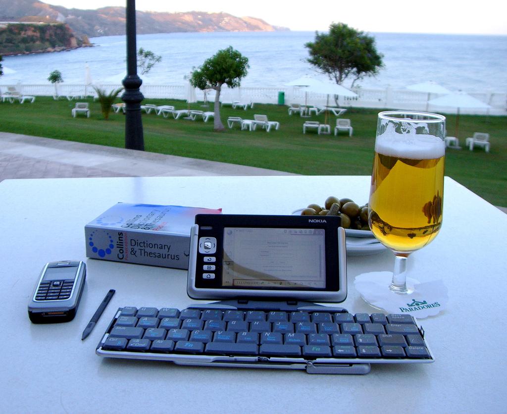 Roads Towards A Sweet Blogging Success