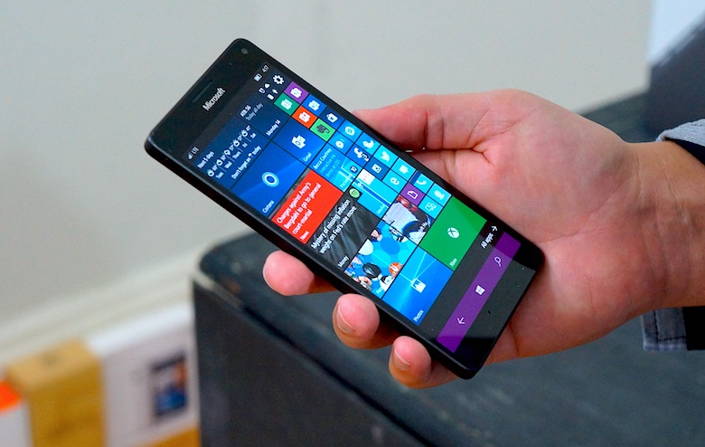 A Review On The New Gen Phablet- Microsoft Lumia 950 XL