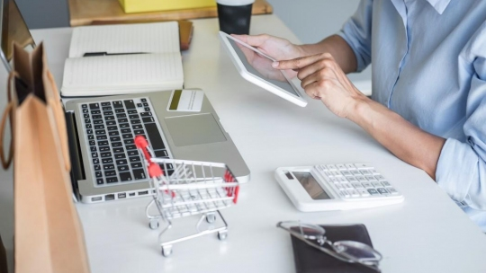 9 Proven Tips to Keep Customers Coming Back For More Purchases