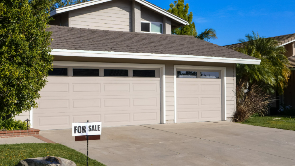 What You Can Do If The House You're Selling Is Damaged While Under Contract